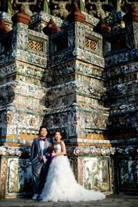 Wu and Lai's Wat Arun pre-wedding (prenuptial, engagement session) in Bangkok, Thailand. Wat Arun_Bangkok_wedding_photographer_Wu and Lai_273.TIF