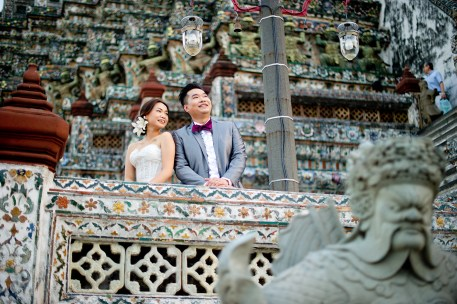 Wu and Lai's Wat Arun pre-wedding (prenuptial, engagement session) in Bangkok, Thailand. Wat Arun_Bangkok_wedding_photographer_Wu and Lai_279.TIF