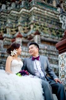 Wu and Lai's Wat Arun pre-wedding (prenuptial, engagement session) in Bangkok, Thailand. Wat Arun_Bangkok_wedding_photographer_Wu and Lai_280.TIF