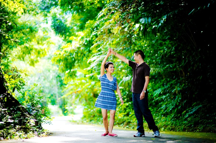 Xiaofen and Eric's Ton Sai Waterfall pre wedding (prenuptial, engagement session) in Phuket, Thailand. Ton Sai Waterfall_Phuket_wedding_photographer_Xiaofen and Eric_19.JPG