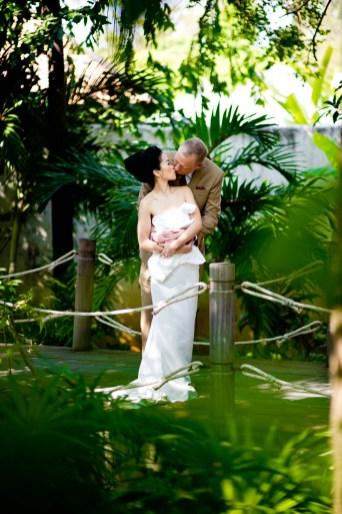 Kissing Photo | Pre-Wedding Hua Hin Thailand Wedding Photography