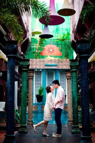 Kissing Photo   Bangkok Pre-Wedding - Thailand Wedding Photography
