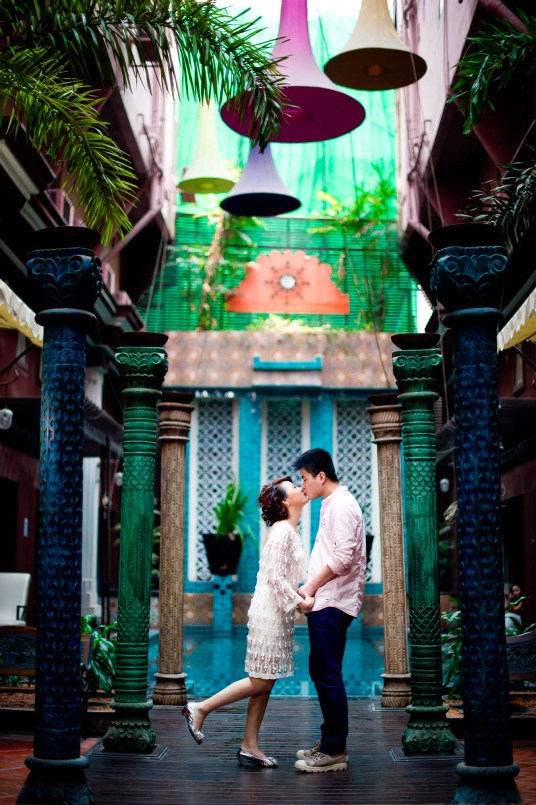 Kissing Photo | Bangkok Pre-Wedding - Thailand Wedding Photography
