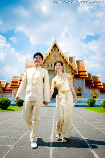 Alice and Brian's pre-wedding at Marble Temple in Bangkok, Thailand.