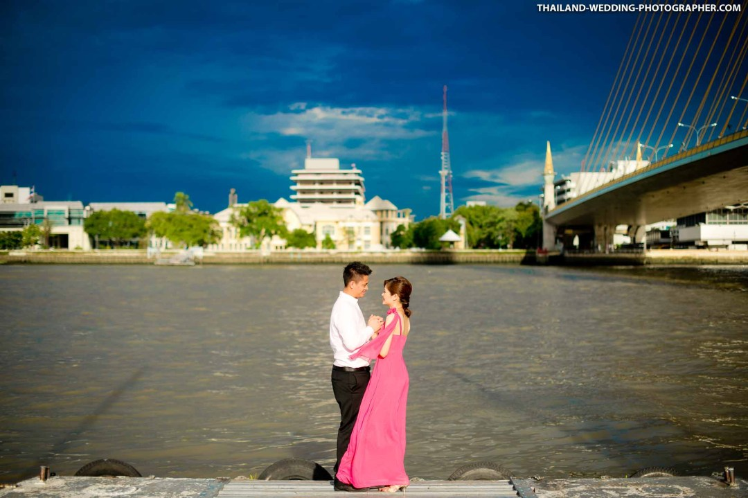 Rama 8 Suspension Bridge Bangkok Thailand Wedding Photography