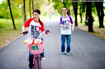 Rod Fai Park Bangkok Pre-Wedding Photography