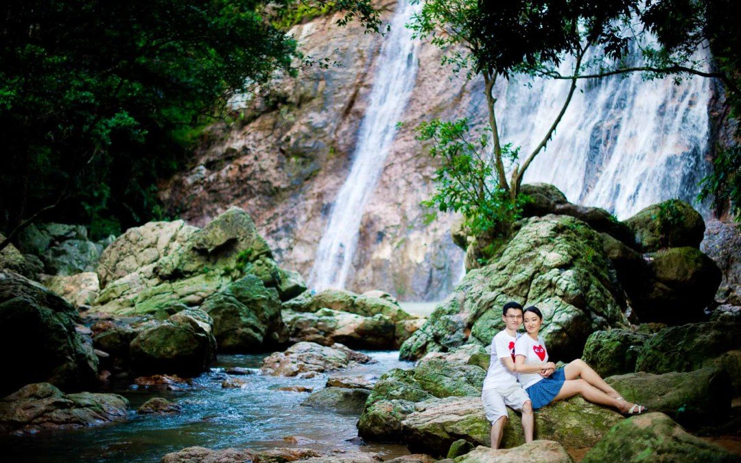 Koh Samui Engagement Session of a couple living in London