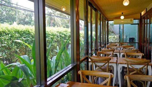 アバイブーベ レストラン (Abhaibhubeijr Spa Cuisine)