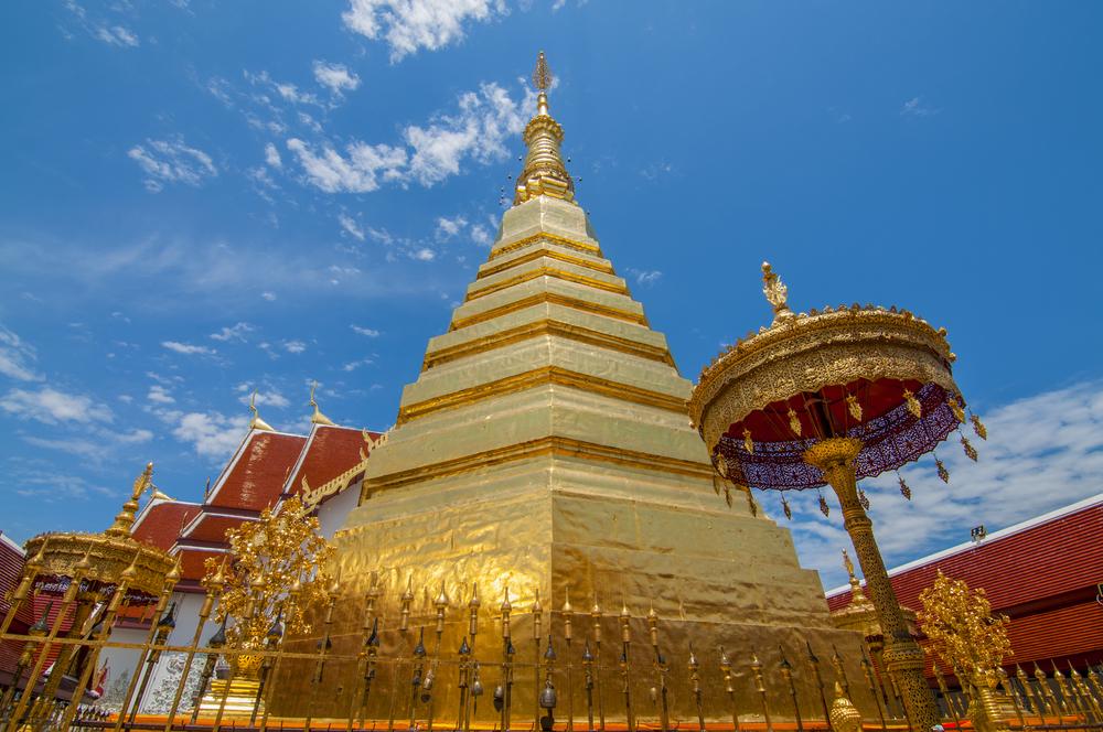 พระธาตุช่อแฮ (Wat Phra That Cho Hae)