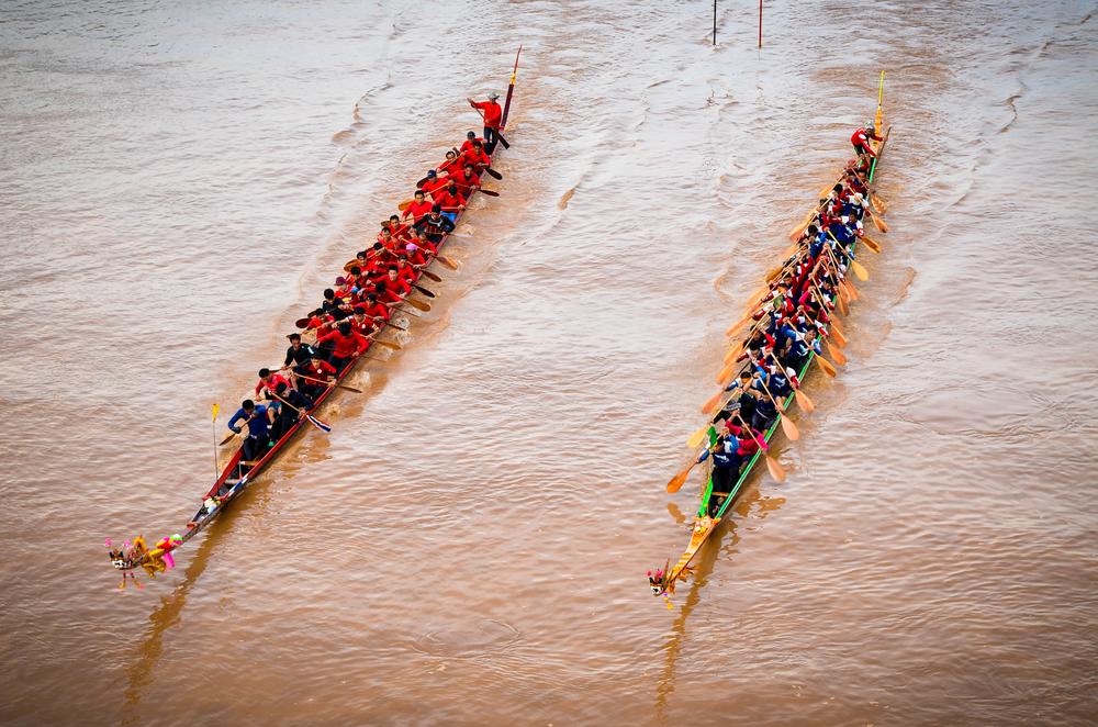 แข่งเรือยาว (Long Boat Racing) at Phichit (พิจิตร), Thailand