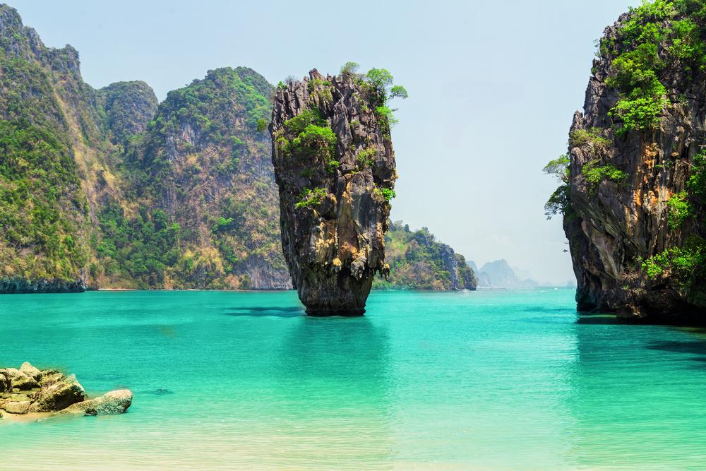 James Bond Island at Phang Nga Bay National Park (เกาะเจมส์ บอนด์ ที่อุทยานแห่งชาติอ่าวพังงา)