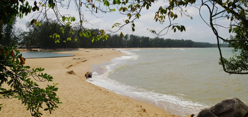 Manao Beach (หาดมะนาว)