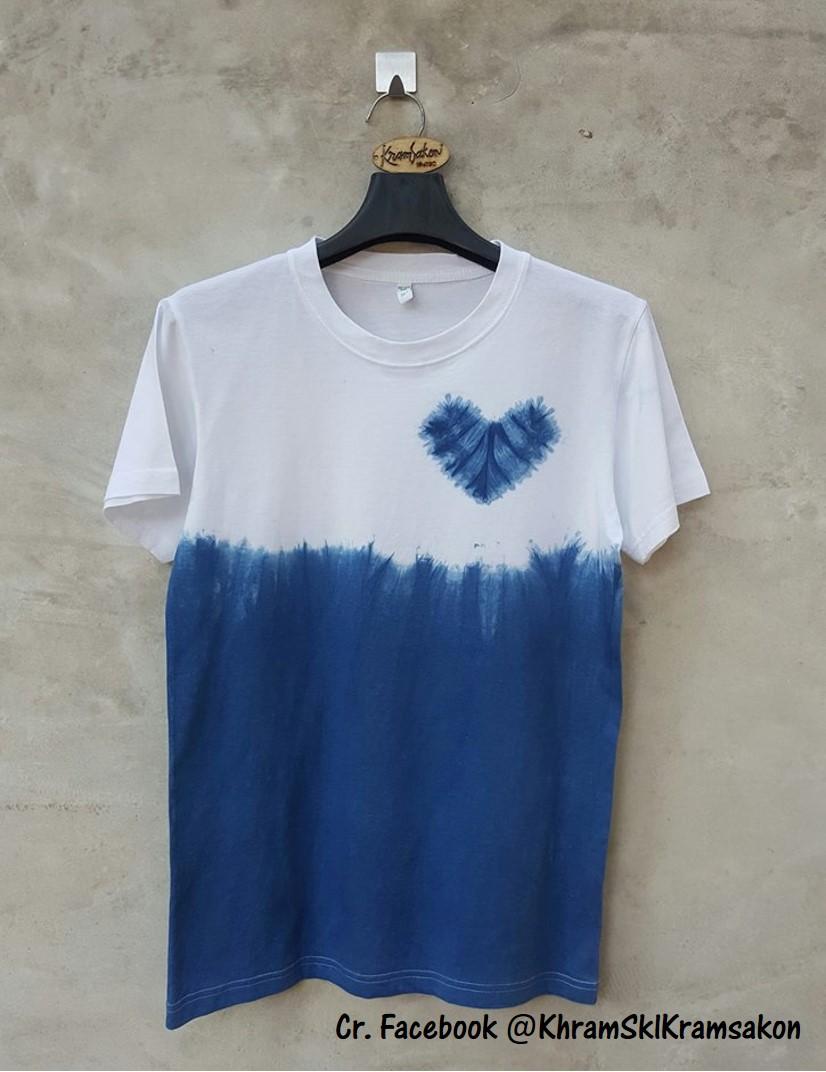 ผ้าย้อมคราม (Indigo-dyed fabrics)