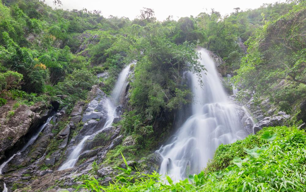 Krok E Dok Waterfall, Saraburi, Thailand
