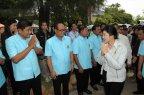 Nong Pho Dairy visit