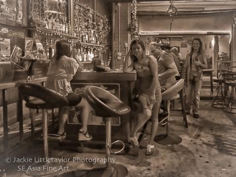 ATM Bar Chalong cute girl B/W