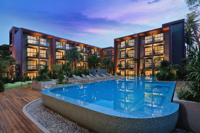 HIEX_Phuket_Patong_Beach_Central_facade__high_