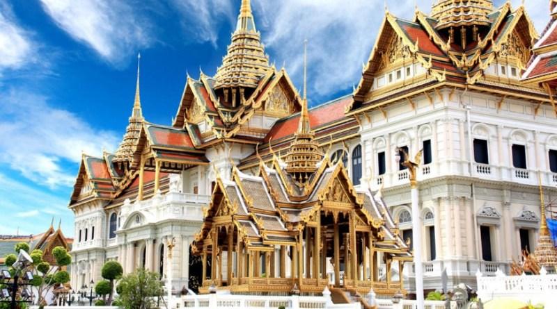 Королевский дворец (Пхра Маха Баром Ратха)3
