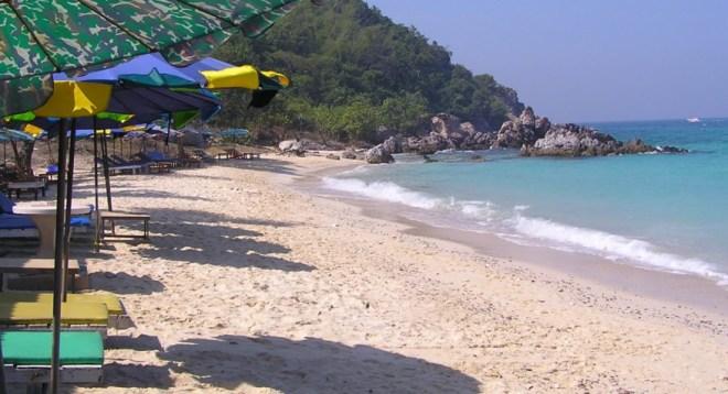 Остров Ко Лан - пляж Даенг