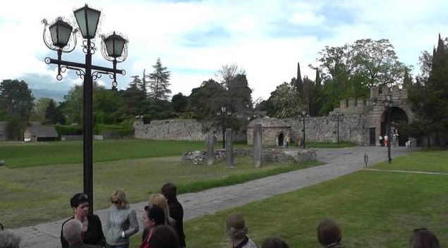руины древнего города - Пицунда