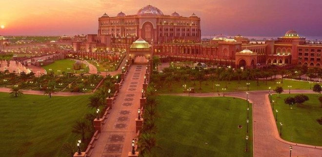 Emirates Palace в Абу - Даби
