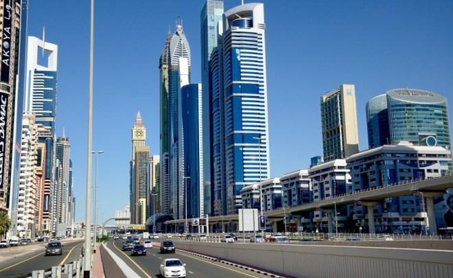 Проспект Шейха Заеда в Дубае