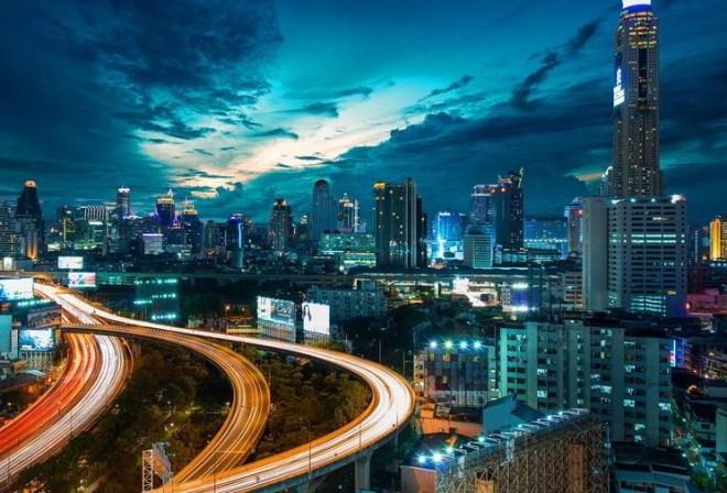 какое время в бангкоке сейчас