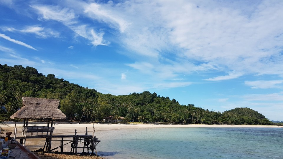 Beach of Koh Talu island