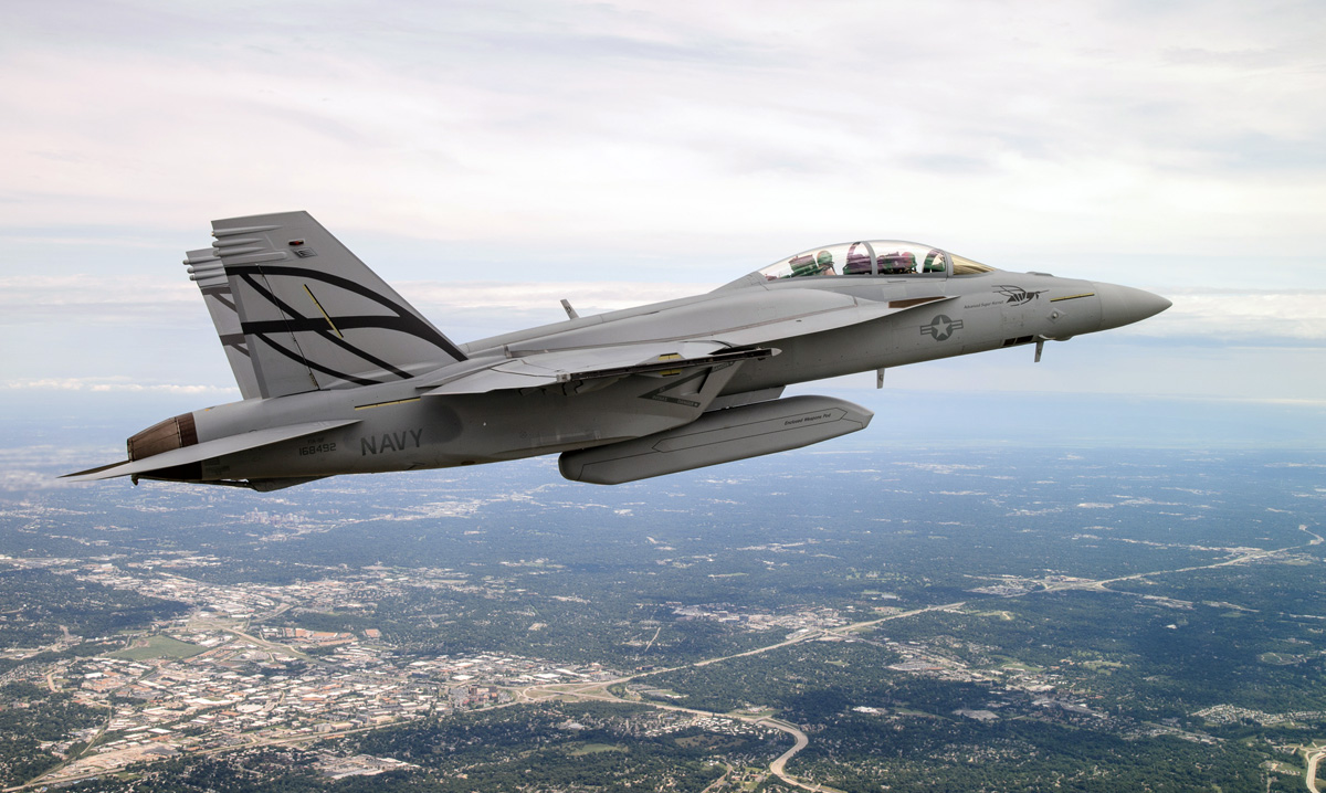 hight resolution of first flight of the f a 18e f advanced super hornet with conformal