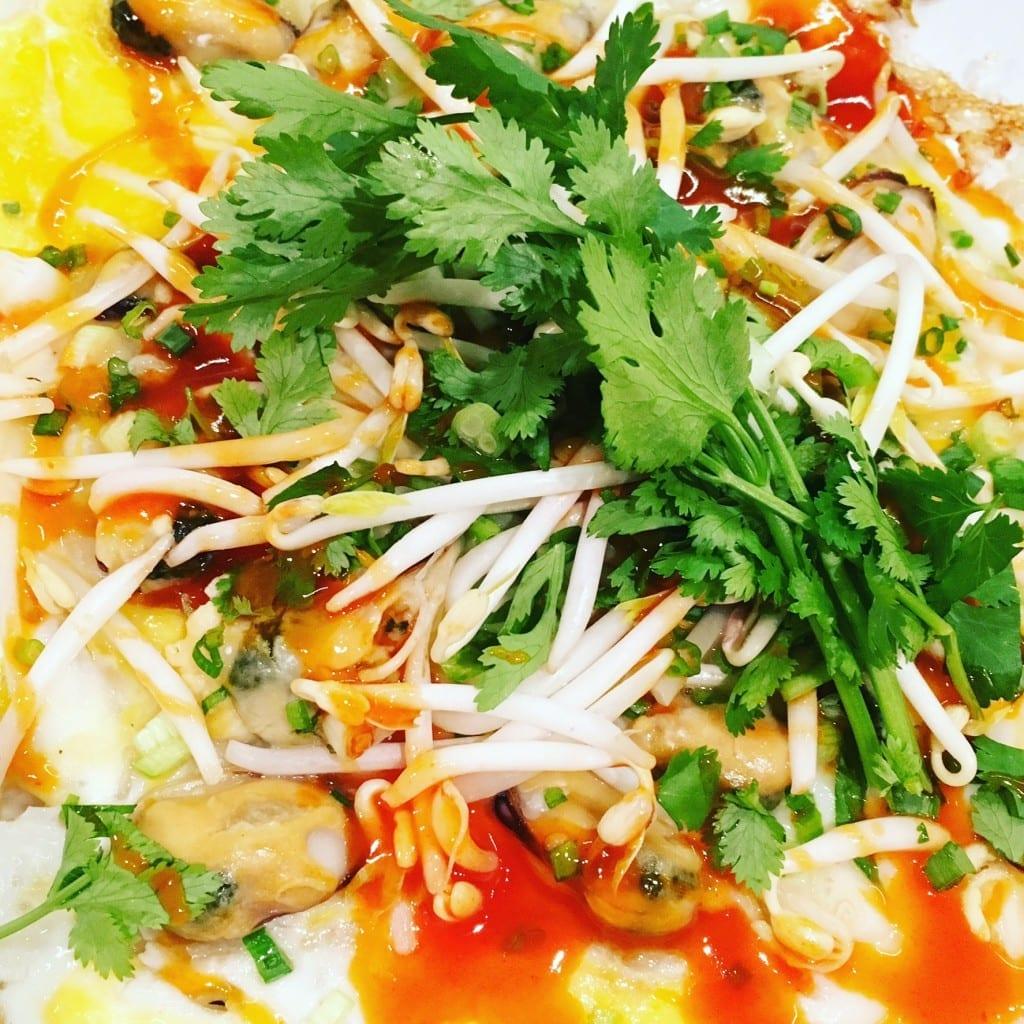 Thai musselpannkaka (hoy tod)