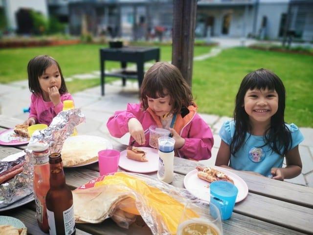 Påsk-matlagning, 70-års firandet & sommar i april!