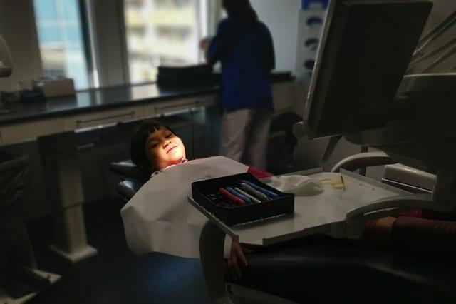 Tandläkarbesök för Tilda