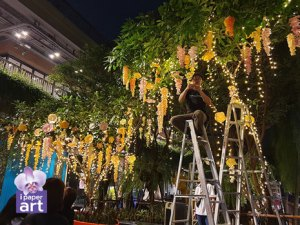 ดอกไม้กระดาษ อีเว้นท์ โคมไฟดอกไม้