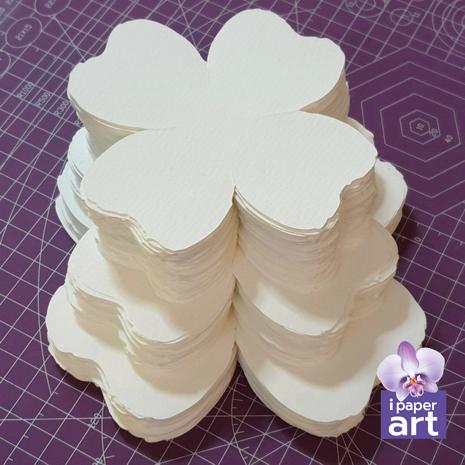 ดอกไม้กระดาษ กลีบดอกไม้