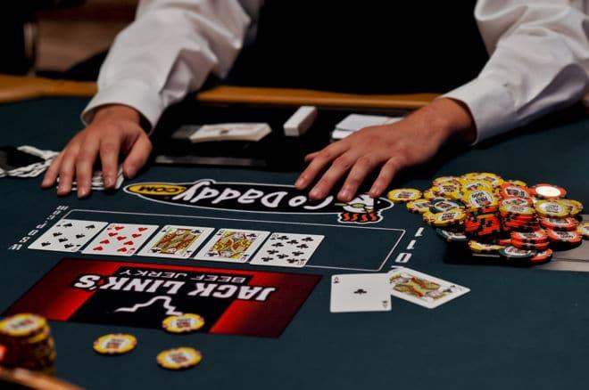 Poker Rules - กฎกติกาในการเล่นไพ่เท็กซัสโฮลด์เอ็ม