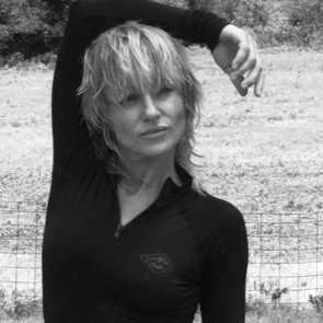 Melanie White master hair stylist