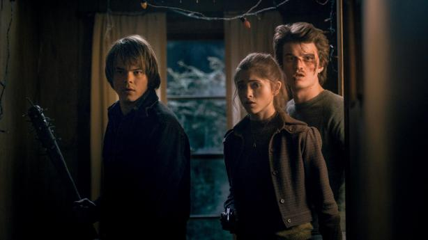 Jonathan Byers, Nancy Wheeler e Steve Harrington
