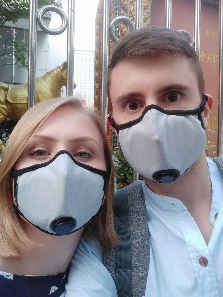People wearing pollution masks in Bangkok