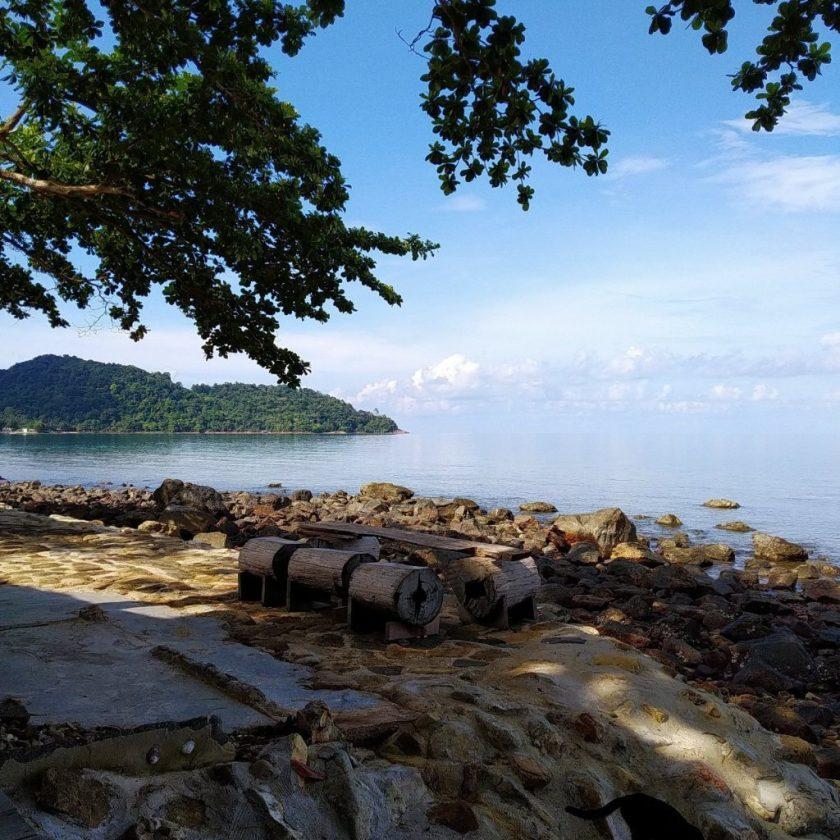 warapura resort lonely beach koh chang