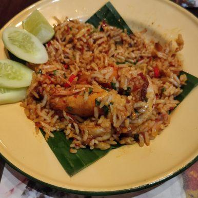 rot rue dee tom yum goong fried rice