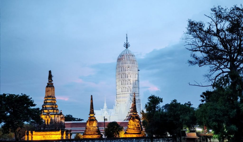 Ayutthaya: Touring the Temples in Thailand's old capital 1