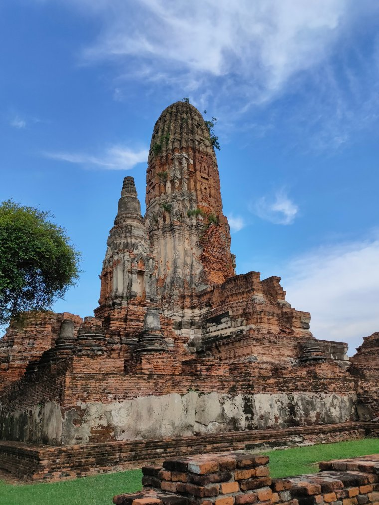 Ayutthaya: Touring the Temples in Thailand's old capital 7