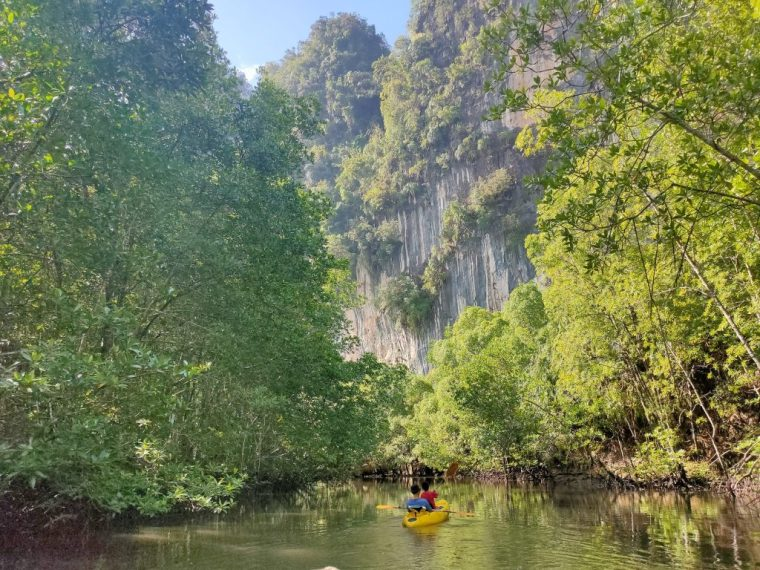 Kayaking in Krabi: not the usual day trip 3