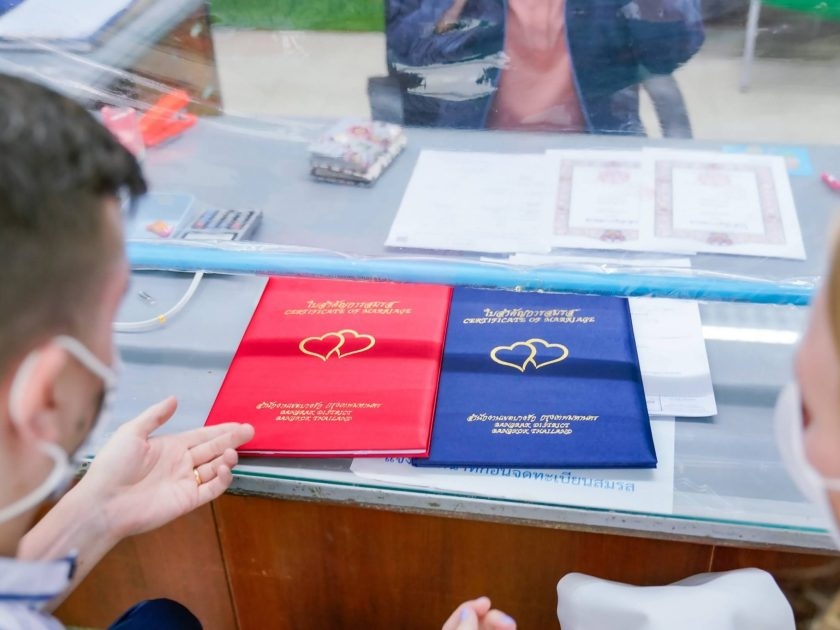 getting married bangkok certificate