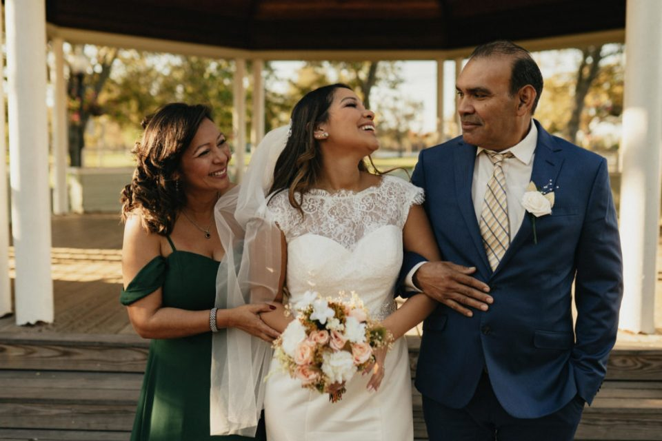 bride with her parents
