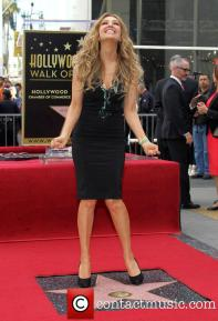 thalia-thalia-is-honored-with-a-star_3983180