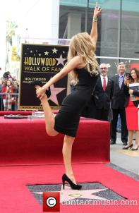 thalia-thalia-is-honored-with-a-star_3983184