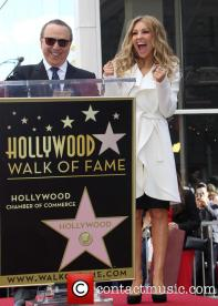 tommy-mottola-thalia-thalia-is-honored-with-a_3983272