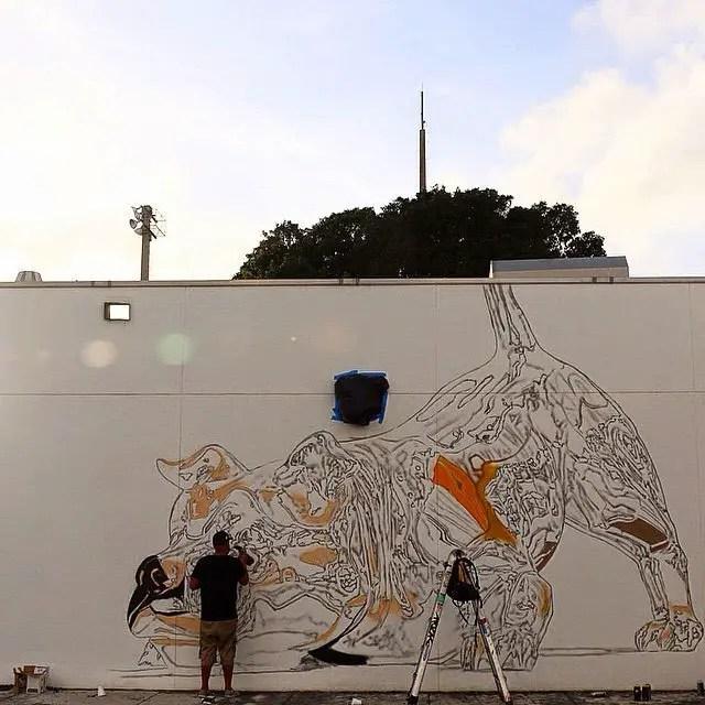 chrome-dog-mural-by-bikismo-art-basel-miami-2014-2