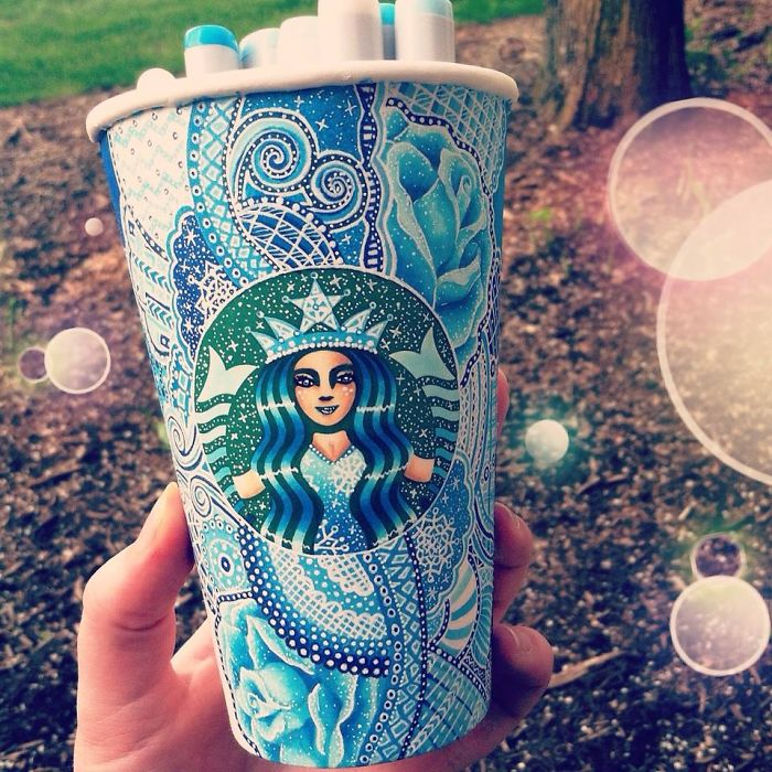 i-turn-starbucks-cups-into-art__700